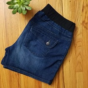 Oh Baby! Maternity Jean Shorts